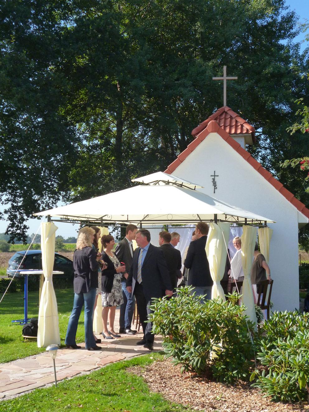 Hochzeit in der St. Leonhard Kapelle auf der Ballermann Ranch, Blockwinkel