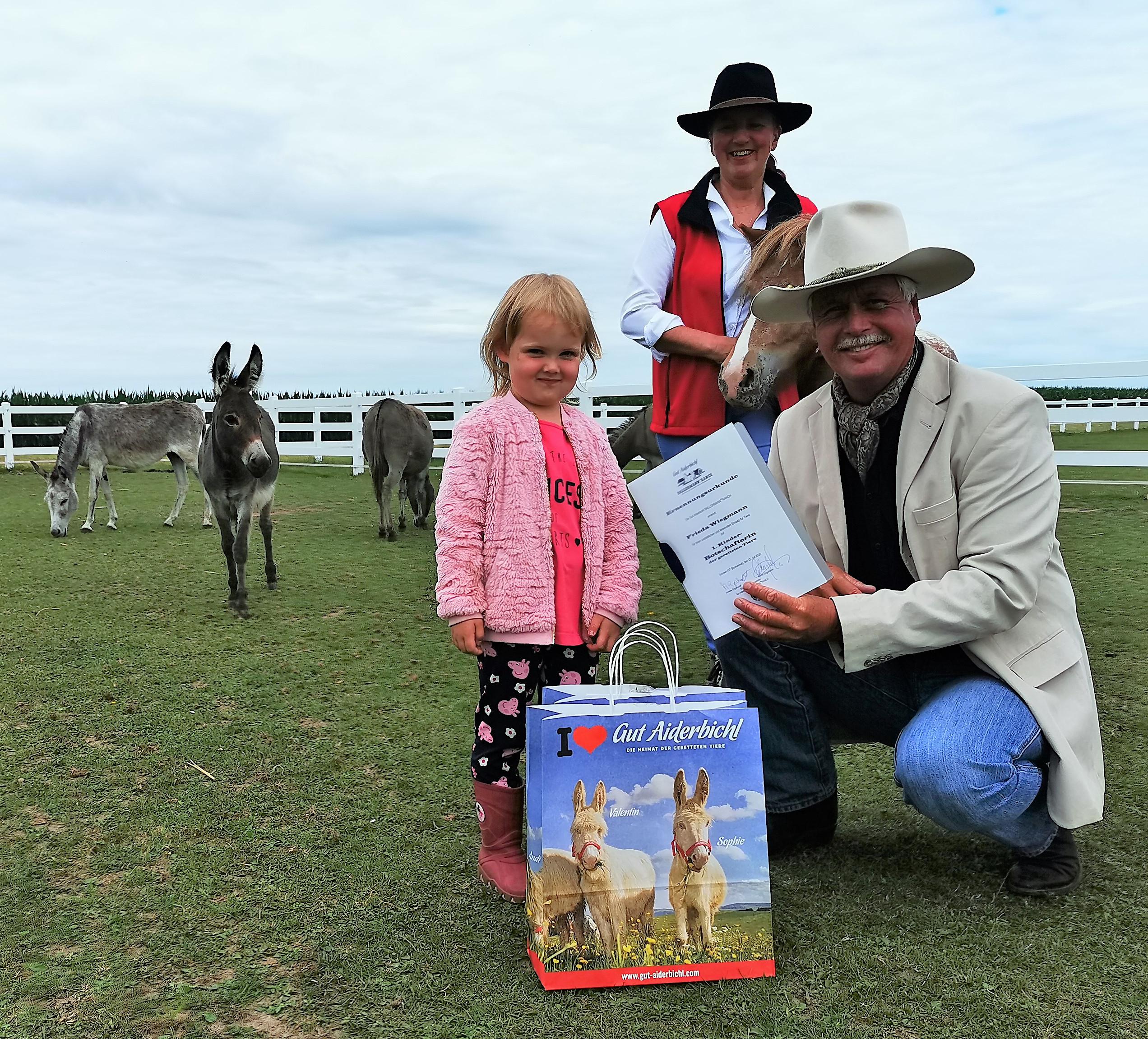 Ballermann® Ranch Ernennt 1. Kinder-Botschafterin Der Geretteten Tiere